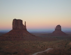 35 Monument Valley