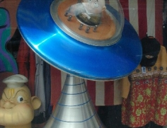 MV UFO Display